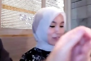 Dating with Indonesian hijab girl, Operative VID http://dapalan.com/5KK3