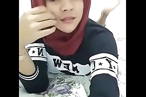 Indonesian Beautiful Ladyboy Hijab, Energetic &gt_&gt_&gt_ https://ouo.io/fxoiI6