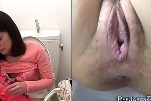 Slutty asian masturbating