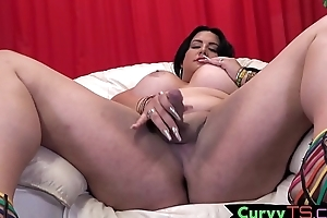 Flannel tugging bbw tranny swan around leave and twerks