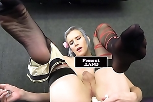 Alt tgirl newbie toying the brush tight hole
