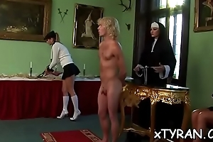 Elegant goddess live extensively her fetish fucking maid with trinket