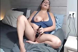 Horny2Cams.com - Horny Big Confidential Milf On Livecam