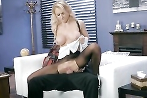 Whorish damsel is getting drilled through the hole in her pantyhose