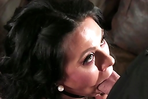 Comate guy fucks dark-haired housewife in the living room