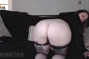 Broad in the beam Booty Spanks and Wiggles